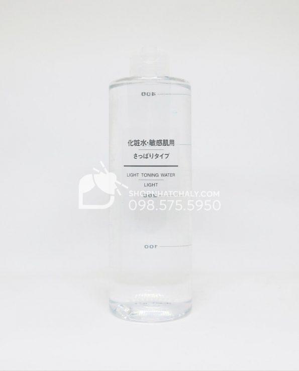 Nước hoa hồng cho da nhạy cảm Muji Light Toning Water Light 400ml Nhật Bản