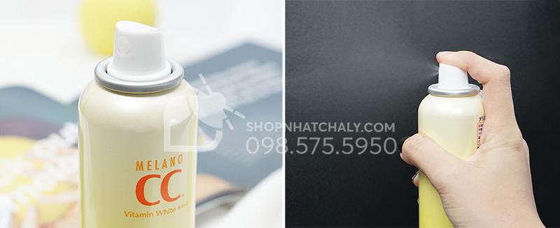 Tia xịt khoáng Melano CC White Mist mịn và rộng