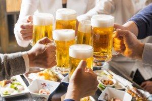 Đôi khi những cuộc nhậu tới mà không thể chối từ. Bột nghệ ngừa say, giải rượu Ukon của Orihiro Nhật sẽ giúp cuộc vui của bạn trọn vẹn