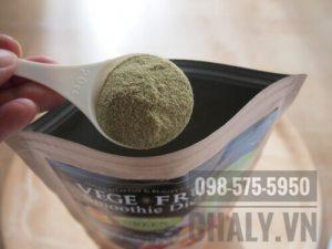 Review sinh tố giảm cân nhật: Mình muốn giảm cân nhanh nên mỗi ngày dùng hẳn 2 muỗng, thay thế luôn bữa ăn bằng cái bột vege fru này, kết quả mỗi tháng giảm tới 4kg mà khoẻ mạnh