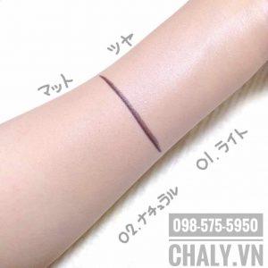 Tông màu số 1 Light và số 2 Natural trên da của mình nha. Màu light có độ sáng và bóng trên da hơn