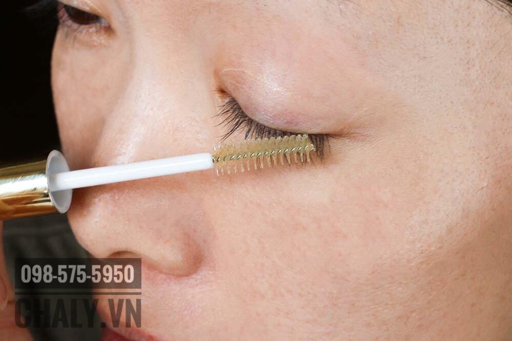 Dưỡng mi DHC eyelash serum review: Dùng cực thích, không bị nặng mi. Hiệu quả cực kỳ ổn