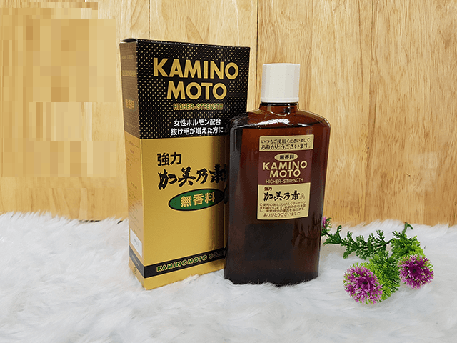 Thuốc bôi mọc tóc Kaminomoto higher strength của Nhật dung tích 200ml, thường được ưa chuộng bởi nam giới, do đó thiết kế bao bì nhìn khá mạnh mẽ, nam tính