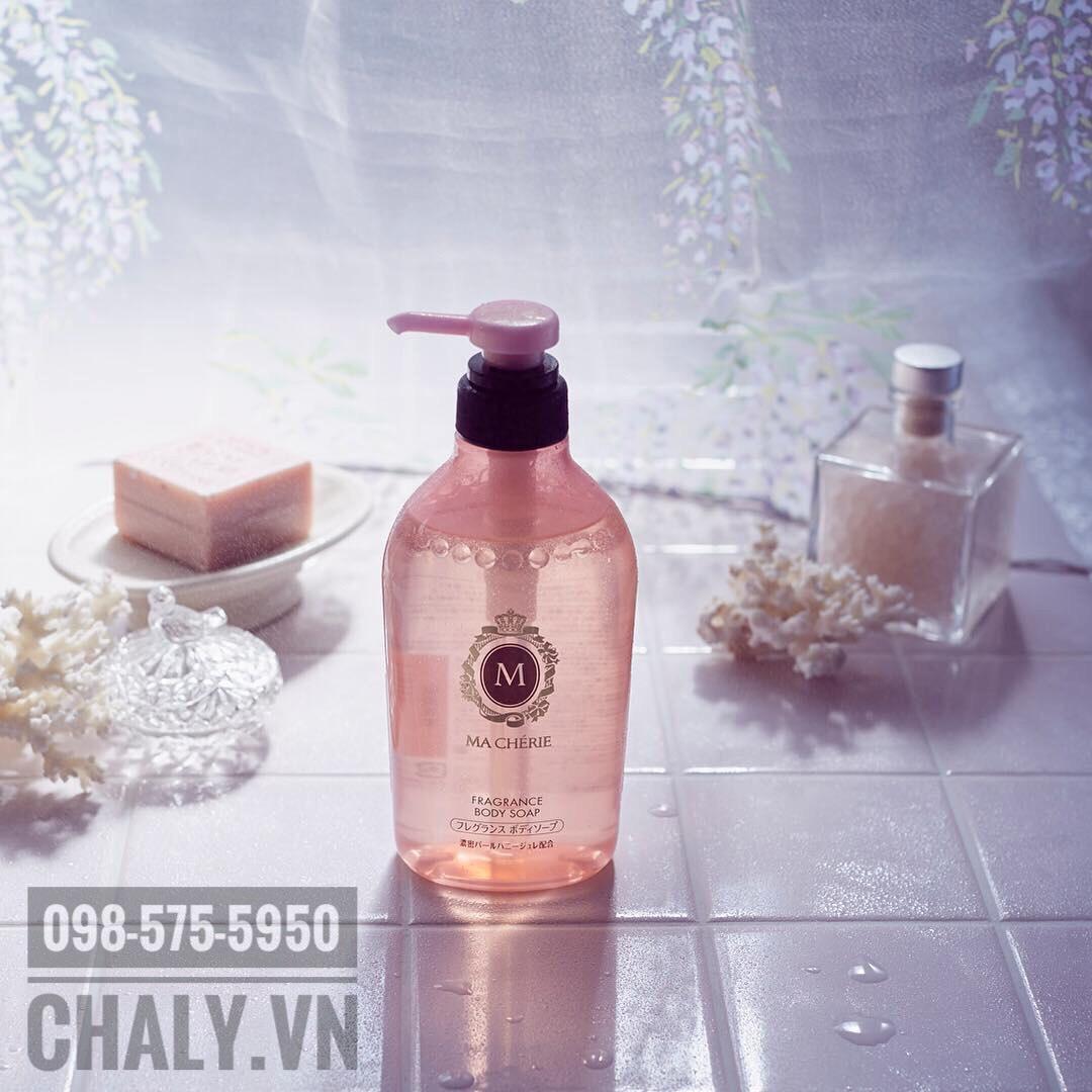 Sữa tắm Macherie hồng của Nhật mẫu mới có thành phần dưỡng da cực ưu tú, làm sạch sâu mà không căng rích