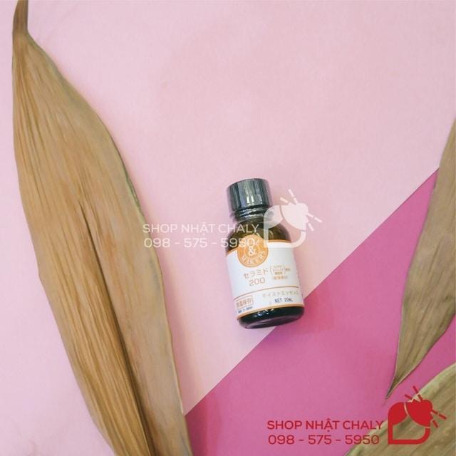 Là serum được yêu thích nhất của Tunemakers Japan, tinh chất ceramide 200 blending là siêu phẩm serum mà bất cứ chị em nào da thiếu ẩm đều nên sử dụng